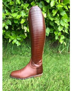 Konig Palermo Dressage in Chestnut Croco with leather on the inside and Croco heel