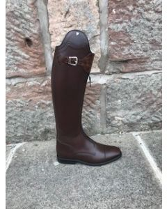 Petrie Rome in mid brown with honeycombe detail, size 6, 45 height, 31 calf